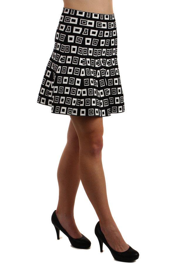 7622bfd8c4f Dámská áčková krátká retro sukně - koupit online na Glara.cz  glara  fashion