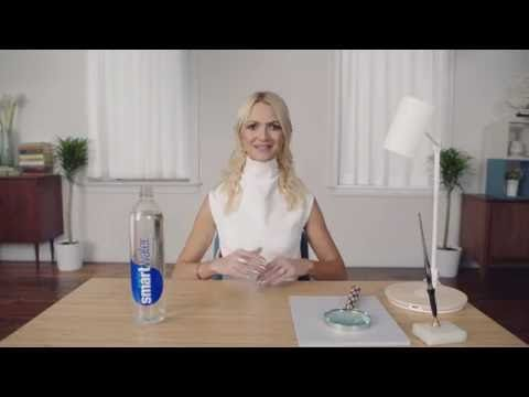 Tutorial Kanzashi con nastro di raso   Fabric flower tutorial - YouTube