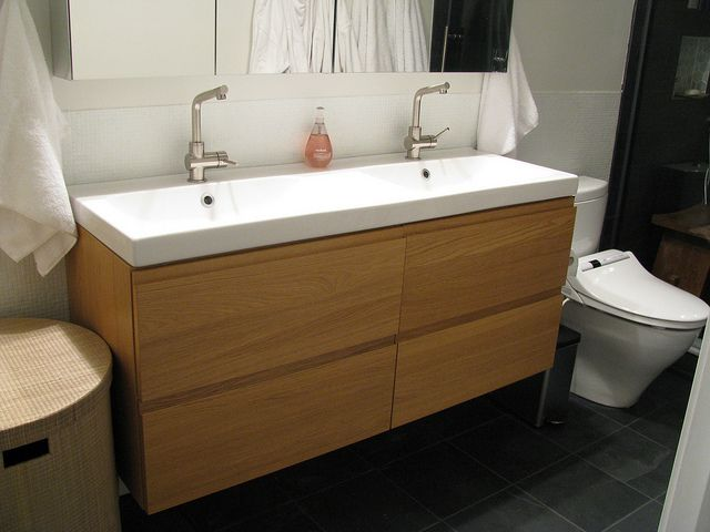 finished bathroom sleek modern master bath bathrooms forum gardenweb bathroom. Black Bedroom Furniture Sets. Home Design Ideas