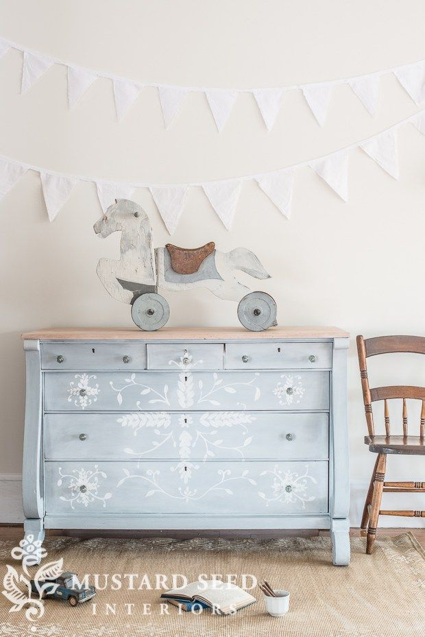MILK PAINT 101 | FIRST COAT & THE UGLY STAGE | Miss Mustard Seeds Milk Paint