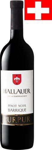 VINHO: Purpur Hallauer AOC Schaffhausen Pinot Noir Barrique VINÍCOLA :  REGIÃO: SUIÇO , Schaffhausen, Rotwein,  CARACTERÍSTICAS-Roxo rico. Cheiro forte de bagas vermelhas e pretas, acompanhada por aromas tostados finas. Na boca, taninos bem integrados encorpado, suave e um final longo.