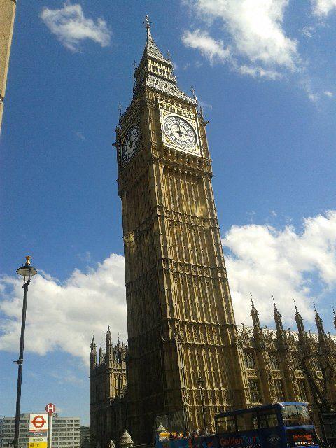 """* Londres * Capital da Inglaterra. """"Big Ben""""."""
