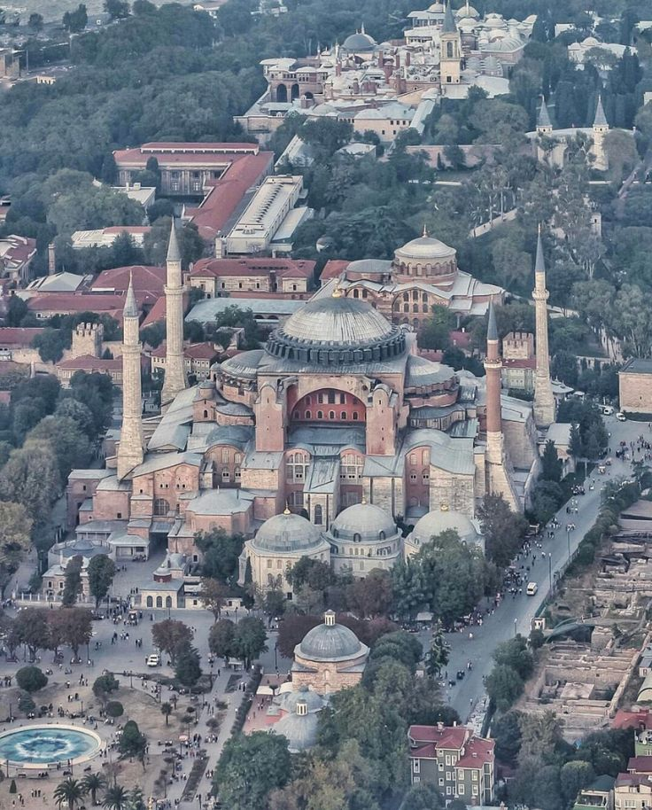 Istanbul. Hagia Sofia museum with the much smaller Hagia Eirene church in the background . In the very back: Topkapi Palace.