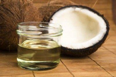 Maak je eigen crème voor droge en gevoelige huid. Meer info: https://www.delissebloem.be/blogs/news/maak-je-eigen-creme-voor-droge-en-gevoelige-huid