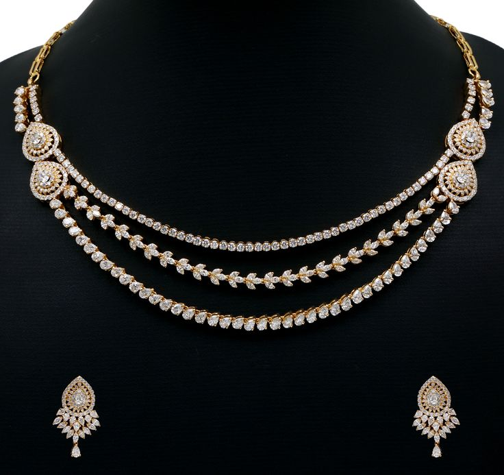 Diamond necklace set. Vummidi Bangaru Jewellers.