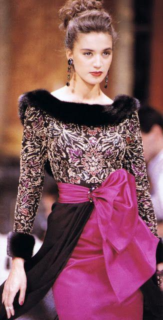 17 best images about couture jean louis scherrer on pinterest models pamela hanson and paris. Black Bedroom Furniture Sets. Home Design Ideas