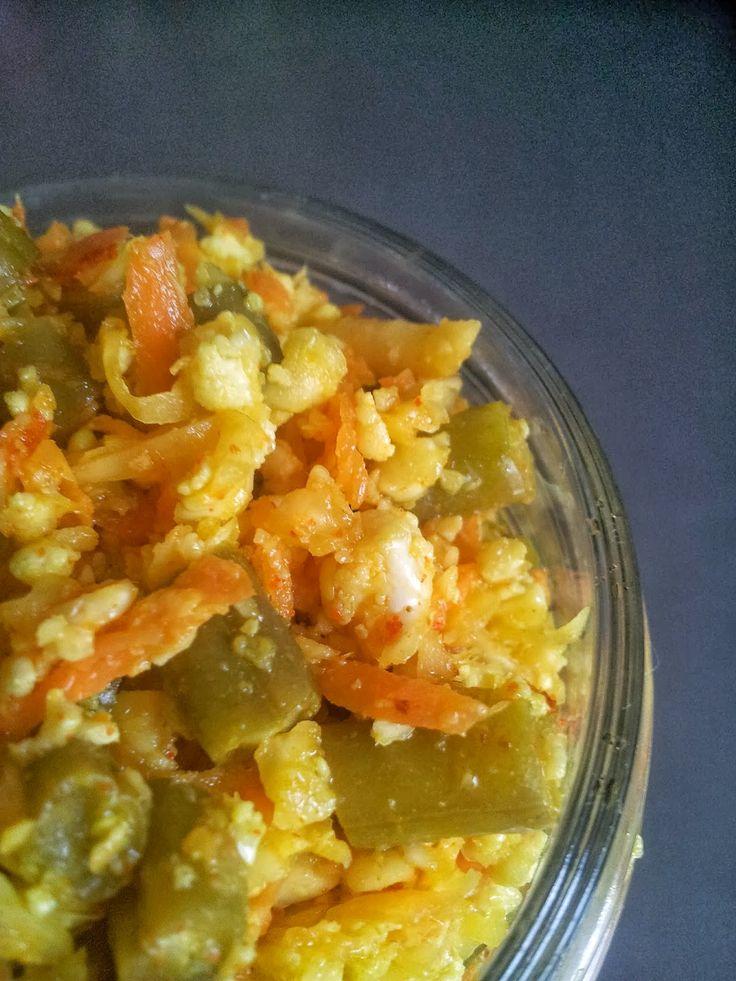 Achard de légumes (Cuisine malgache)