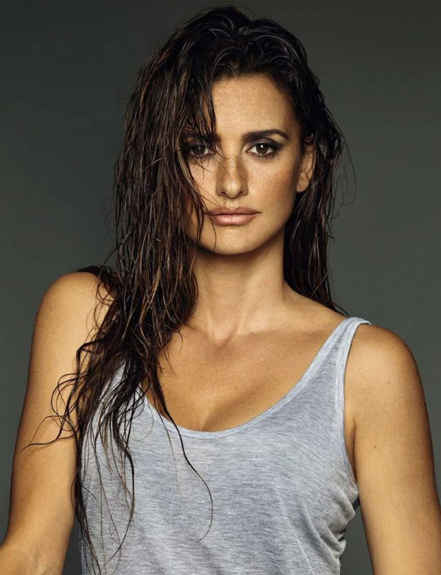 Penelope Cruz For El Pais Semanal Photoshoot