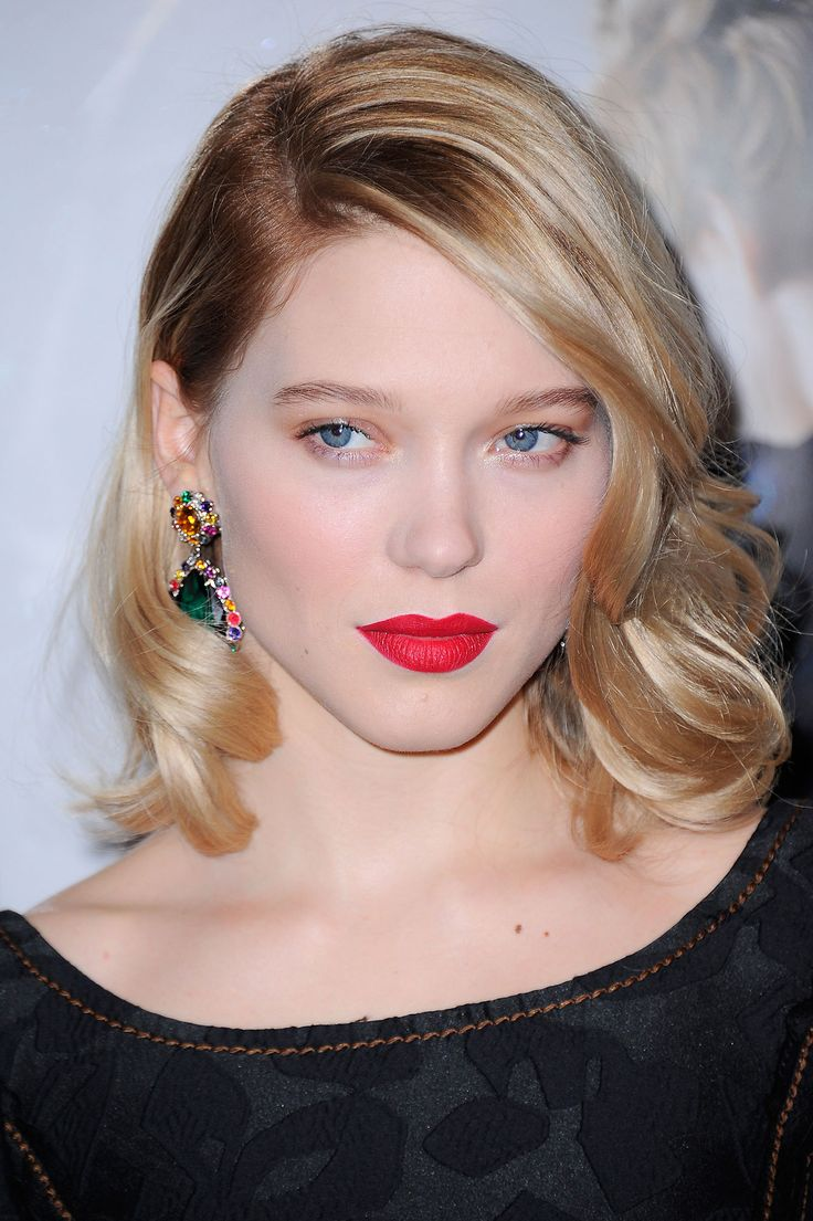Reasons to Fall in Love with Léa Seydoux's Bold Glamour: Her Crisp Red Lips and Polished Bob – Vogue