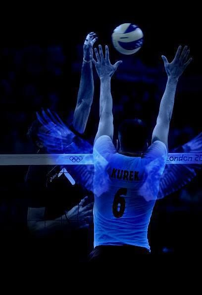 Kurek and his wings