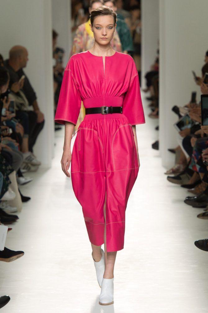 Fashion| Tendenze moda: rosa shocking | http://www.theglampepper.com/2017/04/25/fashion-tendenze-moda-rosa-shocking/