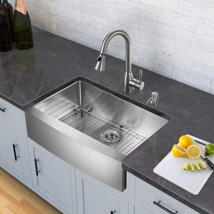 Farmhouse Kitchen Pulls: 17 Best Ideas About Farmhouse Kitchen Faucets On Pinterest