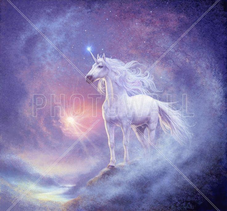 Astral Unicorn - Tapetit / tapetti - Photowall