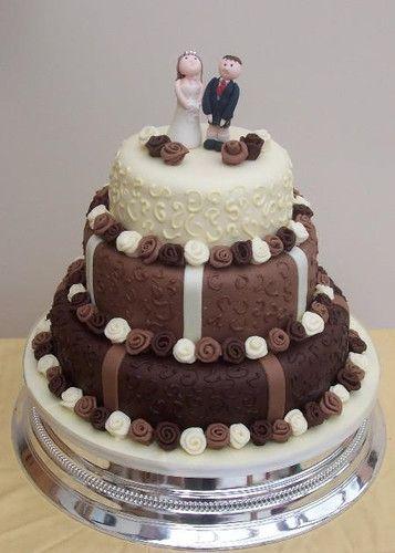 pastel en fondant para boda - cupcakes_yummie | Pastel ...