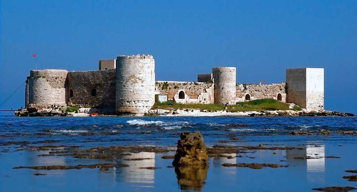 Kusadasi Info   Korykos, Kızkalesi   Turkey Landmarks