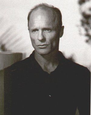 ed harris. this guy is fantastic!