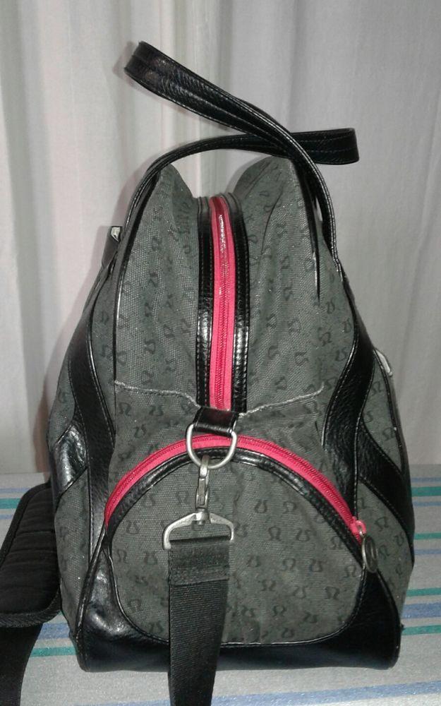 AUTHENTIC LULULEMON WOMENS USED BLACK GYM PILATES YOGA DUFFEL BAG plus shoe bag #Lululemon #GymYoga