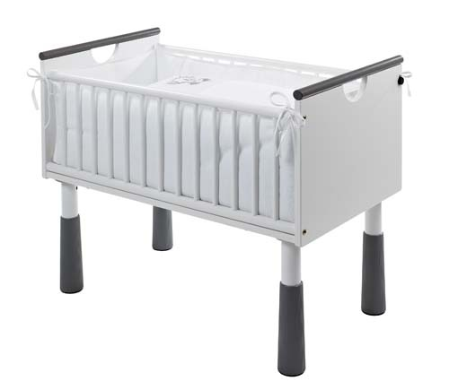 Best 25 co sleeping cot ideas on pinterest baby bedside for Culla belly co sleeper uk