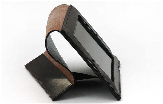 Leather iPad Case by Garvan de Bruir.