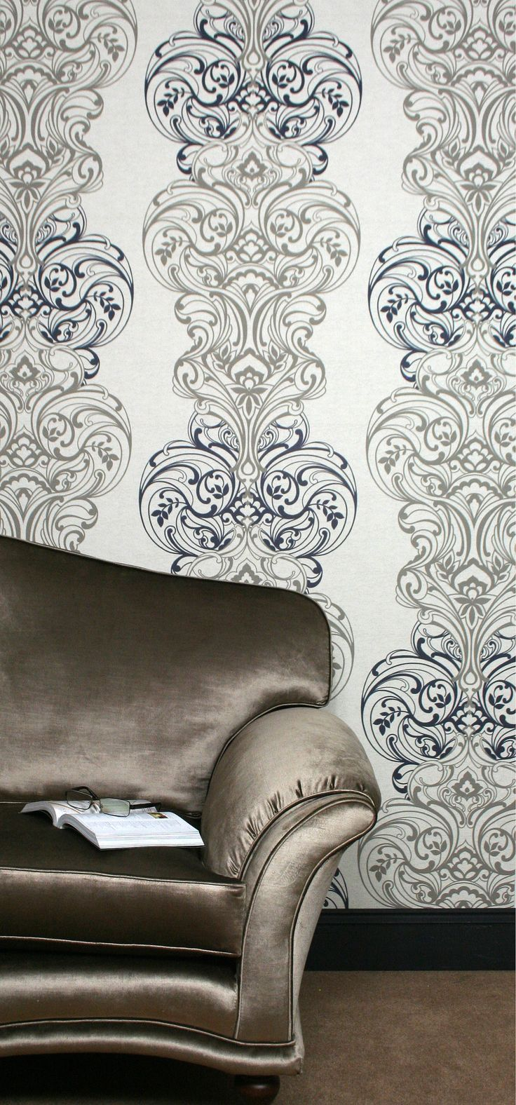 CLASSICO presents a stylish and daring design, which incorporates elements of delicate floral arrangements within this lavish damask pattern. This design creates an artistic impression of woven silk fabric texture, with an echo effect pattern background to contrast with the focal point of the damask design.