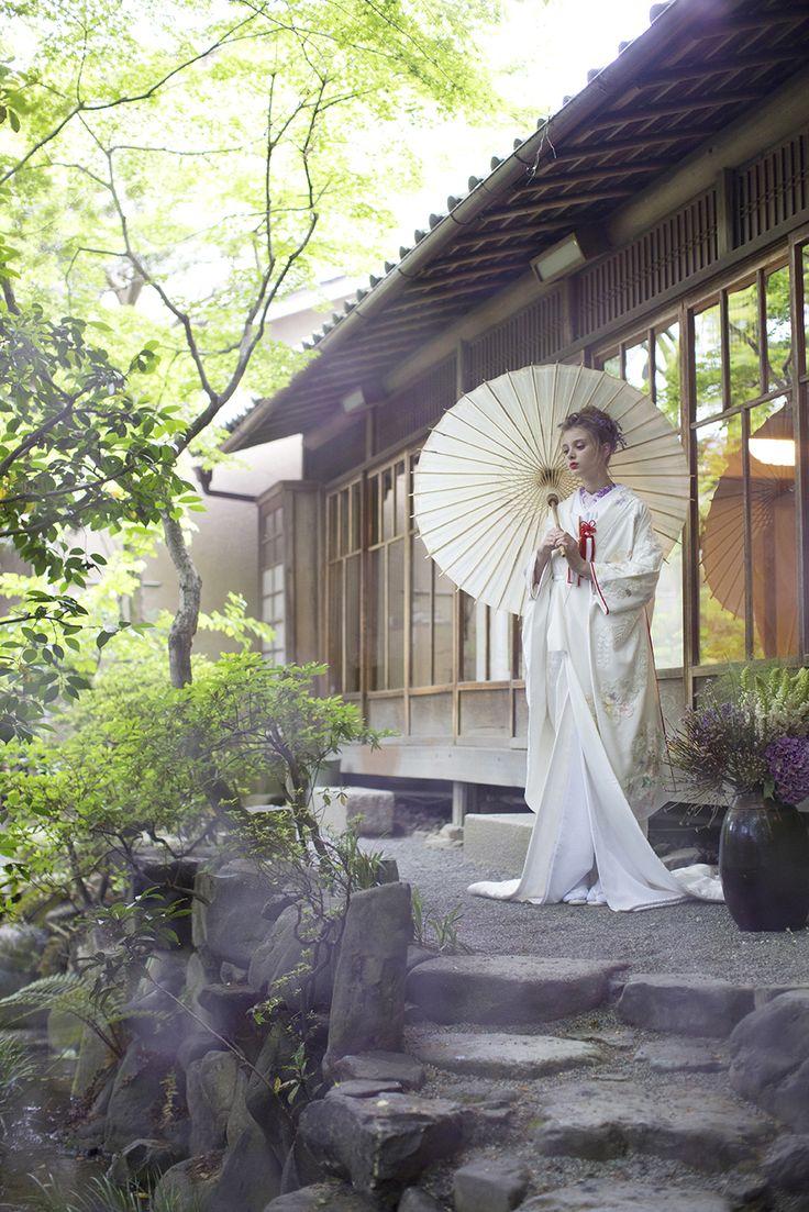 AYUMI BRIDAL kimono kyoto japan ちりめん刺繍花紋