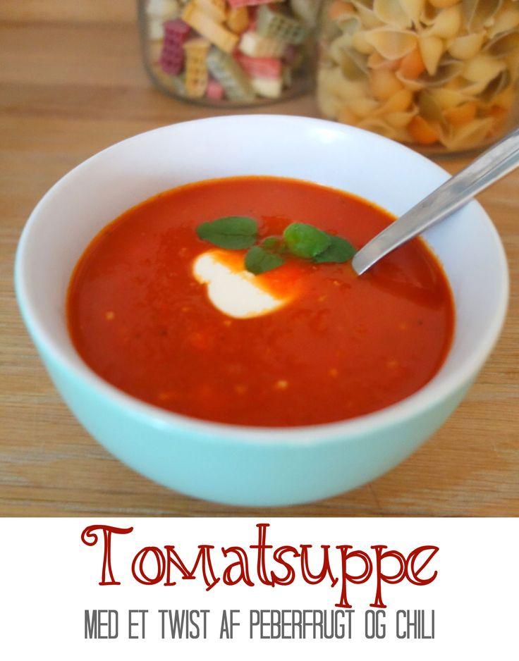 En god, lidt stærk, tomatsuppe med et ekstra twist af sød peberfrugt og styrken fra lidt chili. Perfekt til efteråret, når man har brug for ekstra varme.