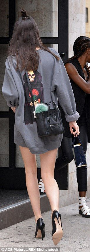 Kendall Jenner steps out in only an oversized sweater and heels in NYC #dailymail