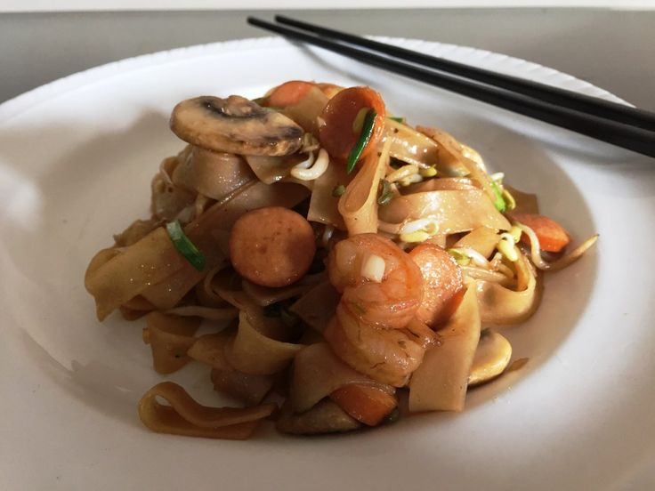 Singapore style.. Char Kway Teow Recipe