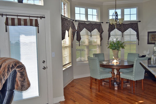 78 Best Ideas About Window Toppers On Pinterest Patio