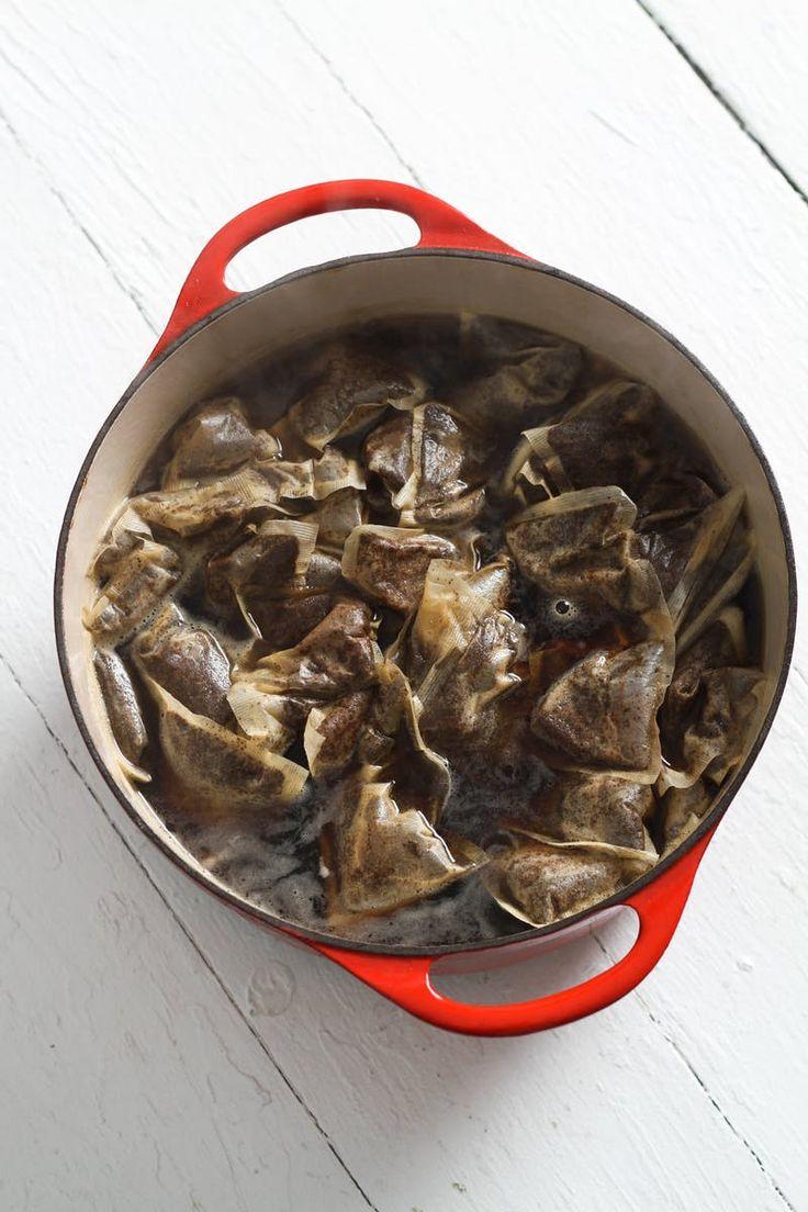 ナチュラルタイダイ紅茶を煮る