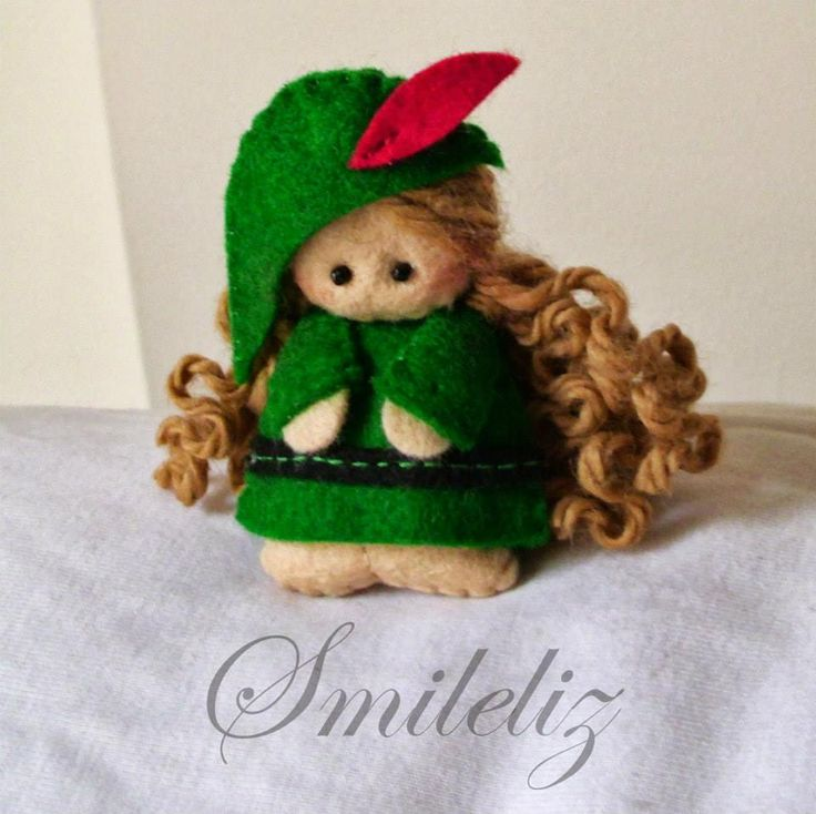 Felt doll: Robin Hood