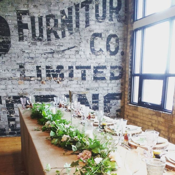 The Burroughs in Toronto is a beautiful event venue, we really enjoy decorating for weddings here with our pretty wildflower style