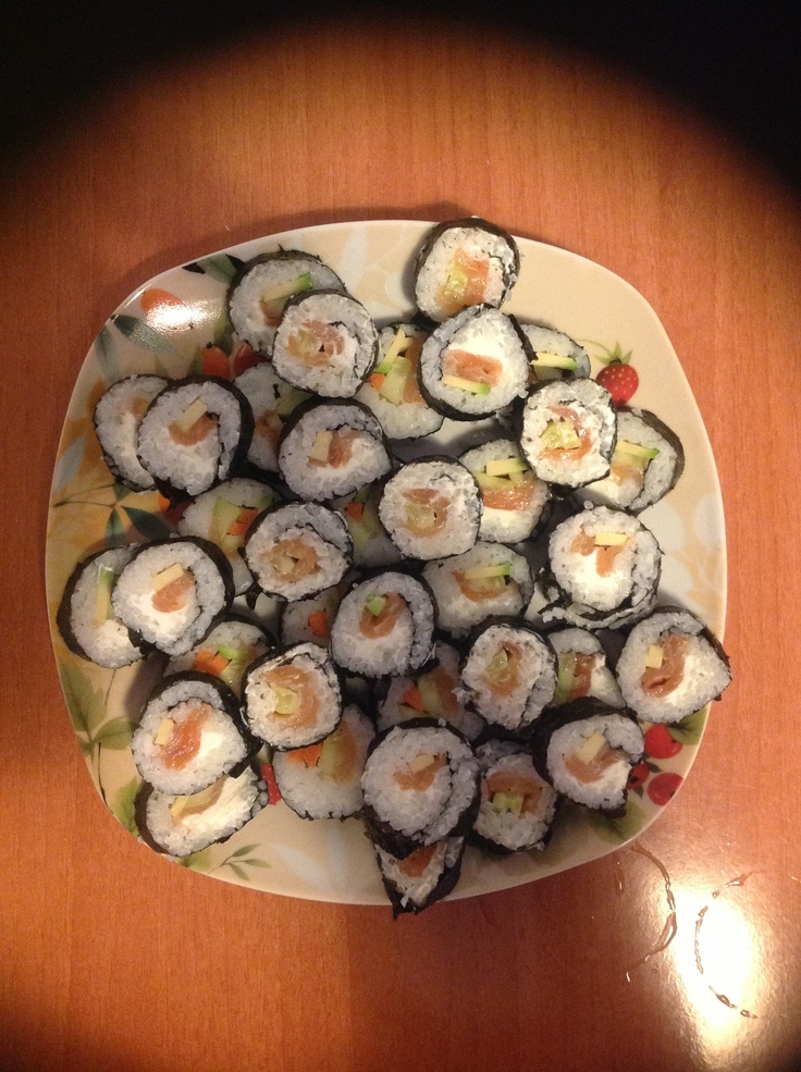 Rotoli di sushi. 12 Aprile 2013. Brunch with bestfriend.