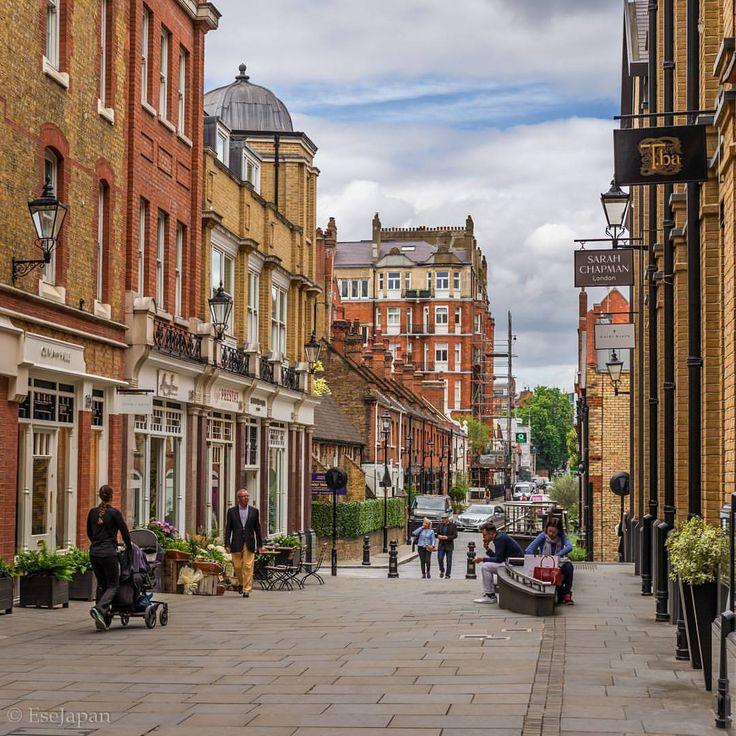 "Strolling around: Chelsea, London, UK"""