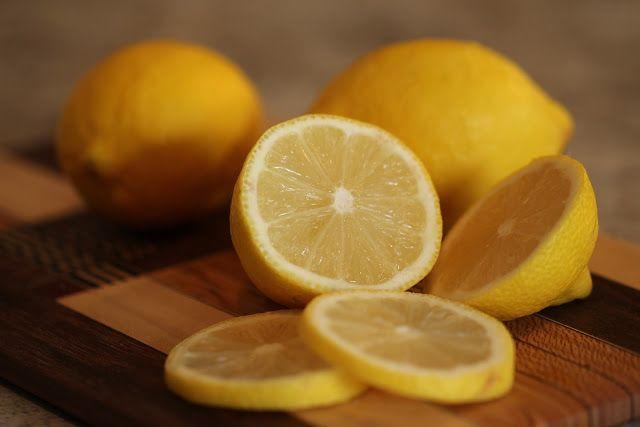 sposób na aromatyczna herbatę z cytryną