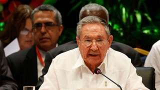 "Image copyright                  AP                  Image caption                     Raul Castro offered ""firm solidarity"" with Venezuela over its dispute with the OAS   Cuban President Raul Castro says the country will not return to the Organization of American States (OAS) in a show of solidarity with Venezuela. OAS Secretary General Luis Almargo has called for sanctions against Venezuela. At a summit of Caribbean countries in Havana, Mr Cas"