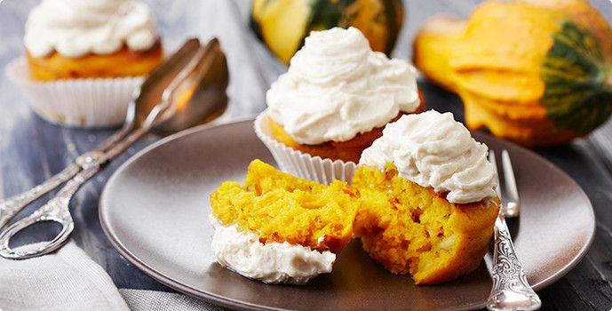 Rezept: Kürbis-Gewürz-Cupcakes mit Zimt-Topping