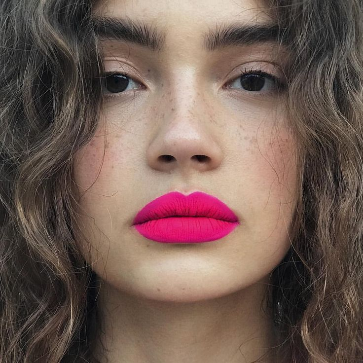 "162 Likes, 6 Comments - Kali Kennedy (@kalikennedy) on Instagram: ""HOT n PINK @sashakichigina"""