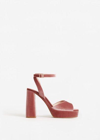 Fluwelen sandalen met plateauzolen