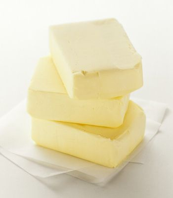"""Butter price has gotten to be nearly $3.00lb for generic @ 'da Walmart.  Which in turn had The husbie & I engaging in a discussion on 'plastic butter"""" (margarine spread), real butter OR now, an alternative. Useful Stuff On Butter"""