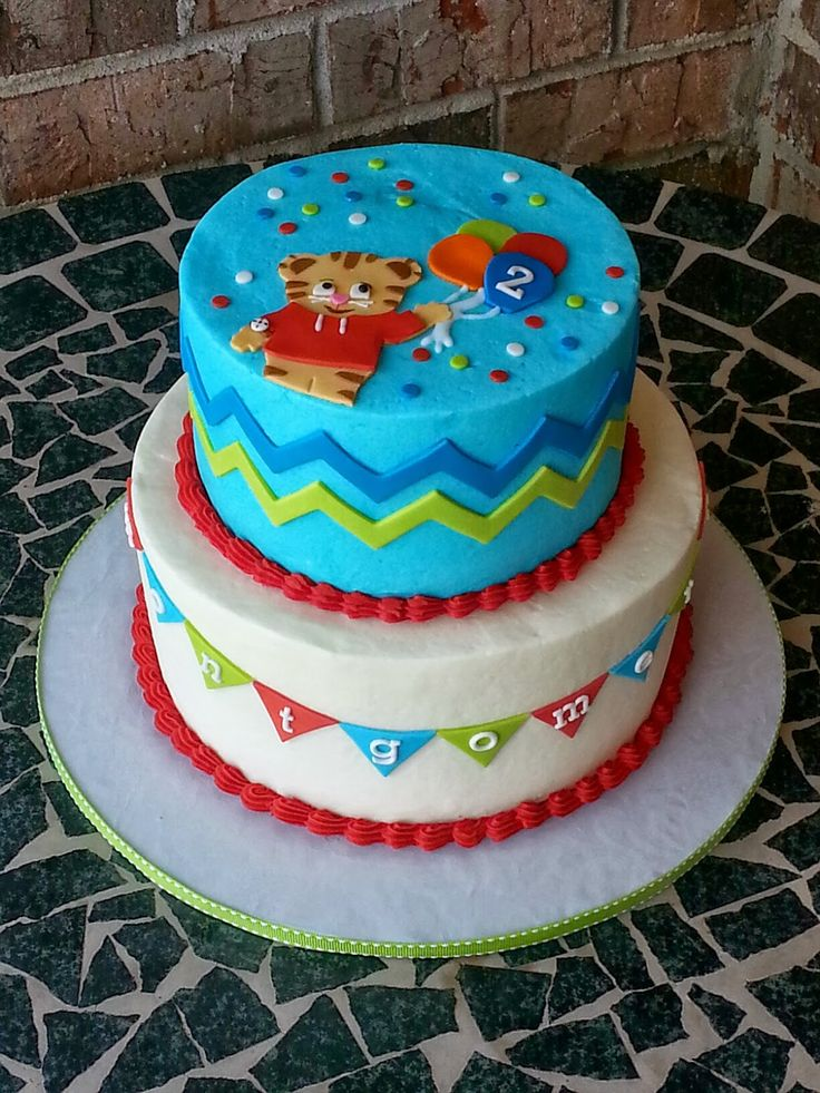 Cake Designs Montgomery : 1000+ images about Daniel Tiger Cake on Pinterest Mesas ...