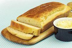 Receita de pão caseiro sem sovar! Muito fácil de fazer. Fica fofo e não tem erro. Essa é para perder o medo de fazer pão. A manteiga derrete...