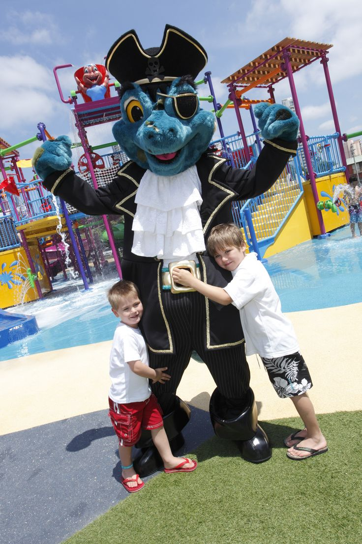 The Captain is one of popular Paradise Resort characters who wander around playing games and getting photos with the kids.
