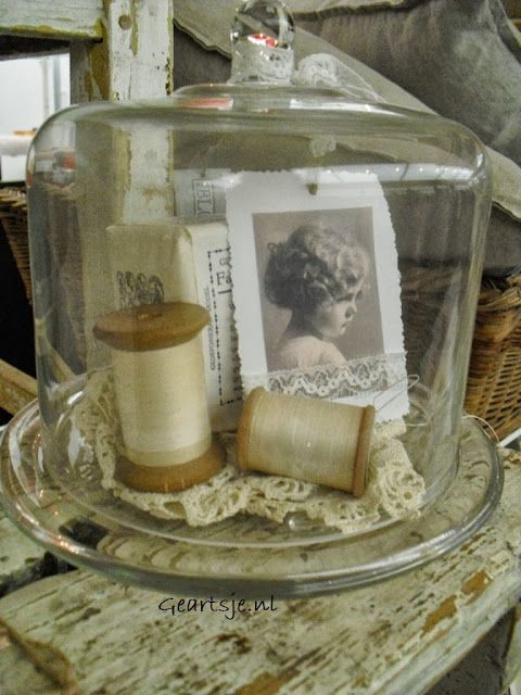 Bij Geartsje Love this idea-would display my mother's sewing effects beautfully