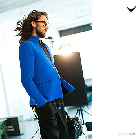 backstage * Martin is wearing electric blue jacket + black trousers with blue detail | fooriat.com