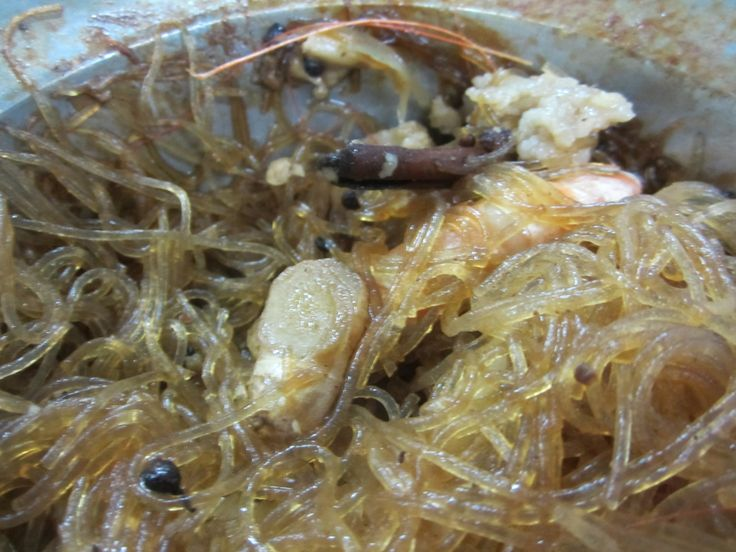 Bangkok--Chinese restaurant, prawn and glass noodle business