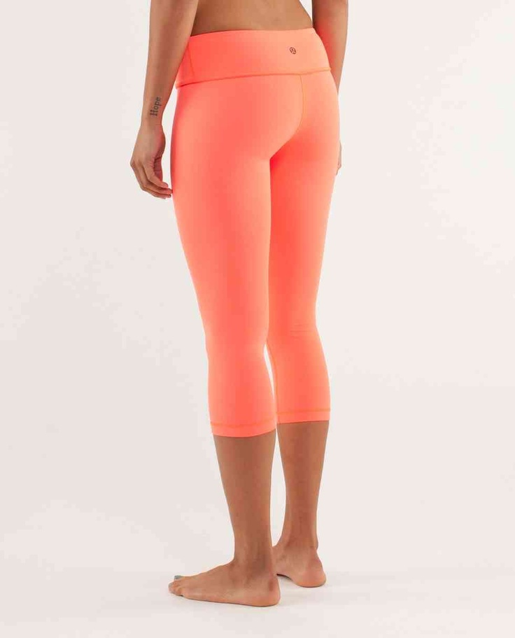 Peach Coloured Lululemon 'Wonder Under' crops | Athletic ...