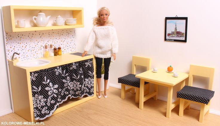 Żółto-czarna kuchnia dla Barbie.