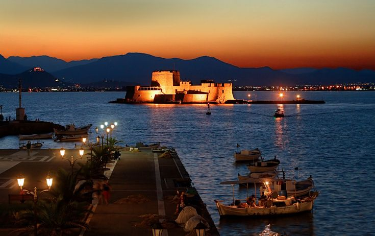 "Hercules Milas shot this fabulous photo titled 'Sleepless guard' on 10 July 2006. Notice ""Larisa"" on the left, the castle overlooking Argos, just 10 km from Nafplio."