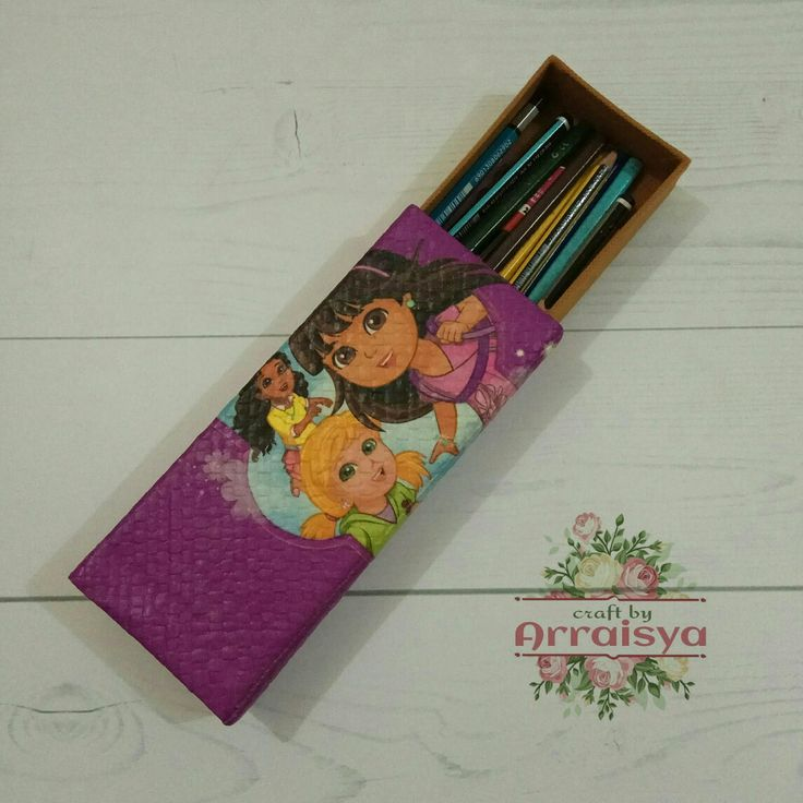 Découpage on Pandanus Woven Pencil Case with Dora the explorer character